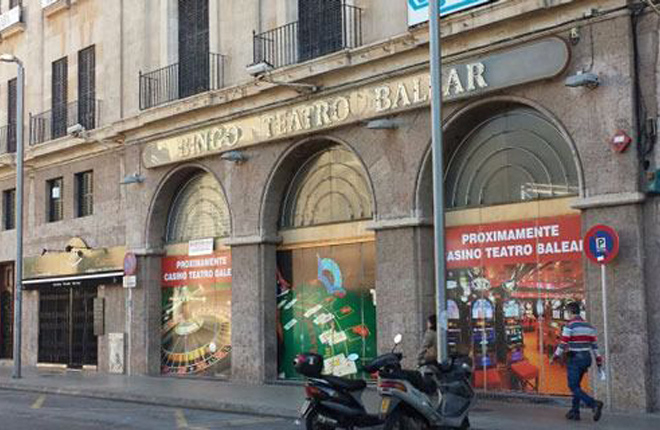 Cuatro años de vergüenza esperando la sentencia que permita abrir o no el Gran Casino Teatro Balear
