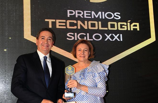 """Zitro recibe el premio de Tecnología Siglo XXI de """"El Suplemento"""""""