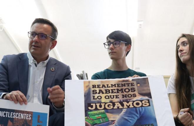 REGIÓN DE MURCIA: Diego Conesa, candidato del PSOE, quiere modificar la Ley del Juego para que sea más restrictiva con el sector