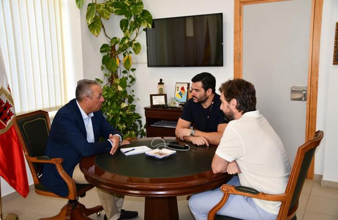El alcalde de San Roque (Cádiz) quiere que el Gobierno de España conceda ventajas fiscales para atraer a empresas de juego online