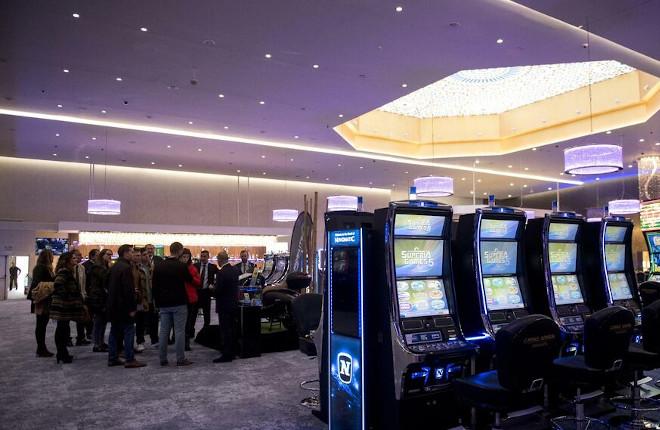 El Casino de Granada presentado a la prensa generalista y a los empresarios de la ciudad