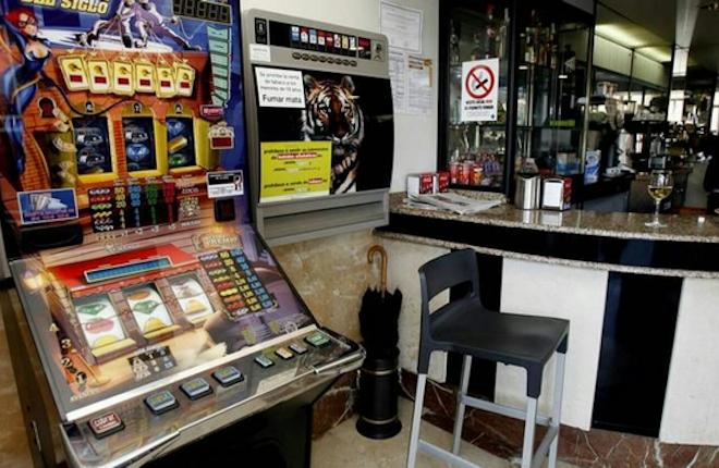 Menos bares ... y menos máquinas B