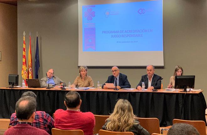 COFAR presenta el programa de acreditación de juego responsable a AZEMAR Aragón