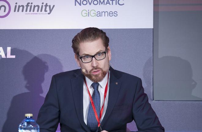 Brillante Bernhard Teuchmann: medidas para fomentar el equilibrio sectorial