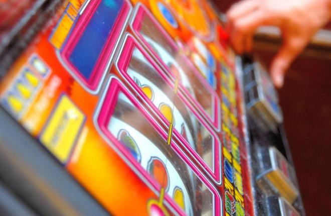 Entra en vigor el reglamento de máquinas de azar en Puerto Rico