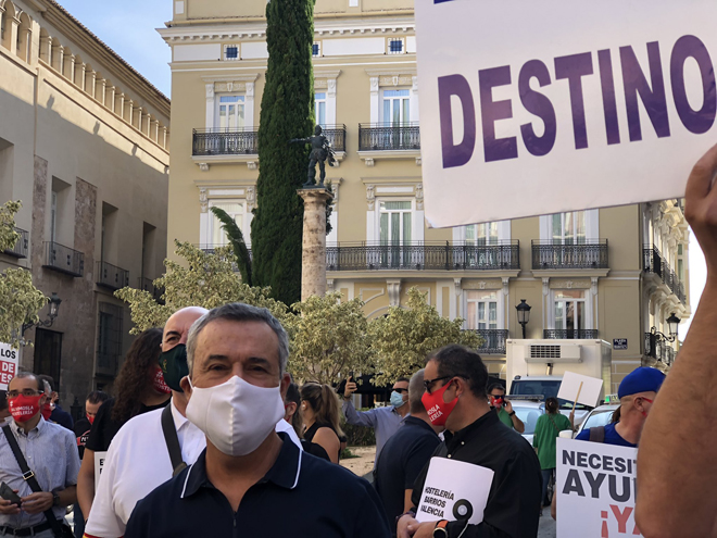 SOS y ANDEMARparticipan en la concentración en defensa de la hostelería de la Comunidad Valenciana