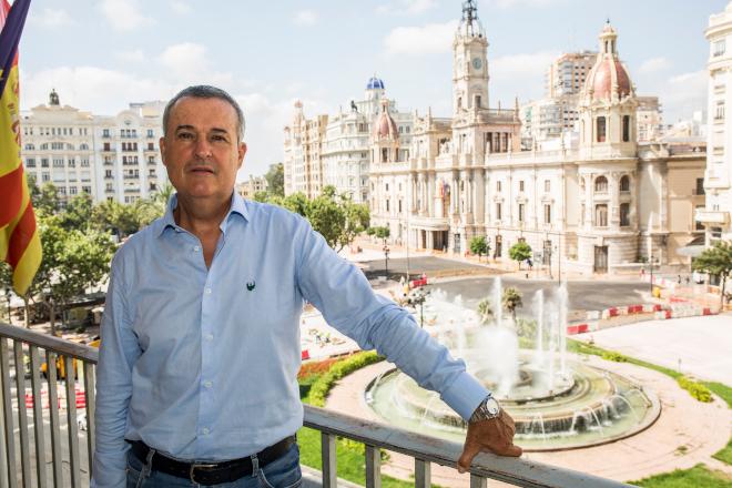 Fidel Molina estalla ante el incremento del IAE y el IBI por parte del Ayuntamiento de Valencia