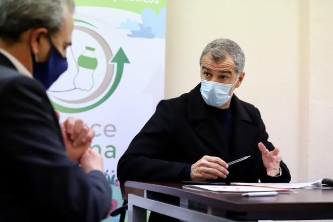 """Toni Cantó (Cs Comunidad Valenciana) critica que el Gobierno de Ximo Puig """"siempre desprecie al sector de la hostelería"""""""