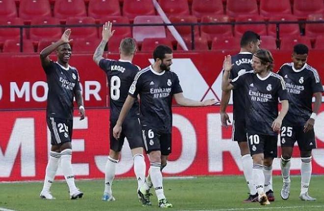 Las telecos presionan a Mediapro para bajar el precio del fútbol en los bares