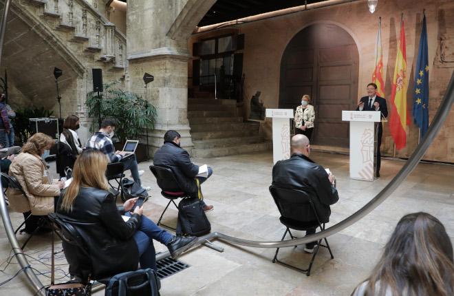 La hostelería valenciana abrirá solo las terrazas y los locales de juego seguirán cerrados